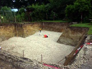 Erdarbeiten hier für den Bau eines Hauses Ausheben des Kellerraumes